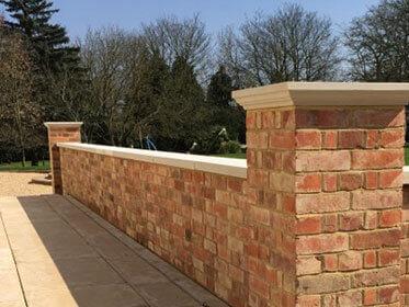 garden walls bricklayers