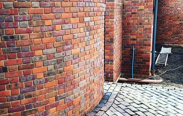 brick masonry wall construction